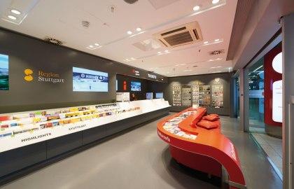 Tourist Information Center am Flughafen Stuttgart, © Stuttgart-Marketing GmbH / Jean-Claude Winkler