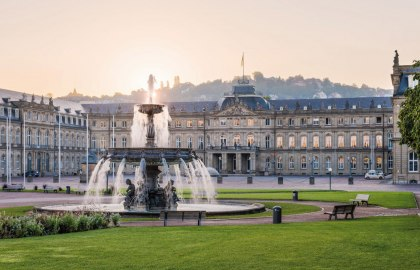 Schlossplatz Stuttgart, © Stuttgart-Marketing GmbH / Julian Herzog